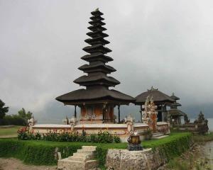 Bali Temple Wallpaper 1280 01
